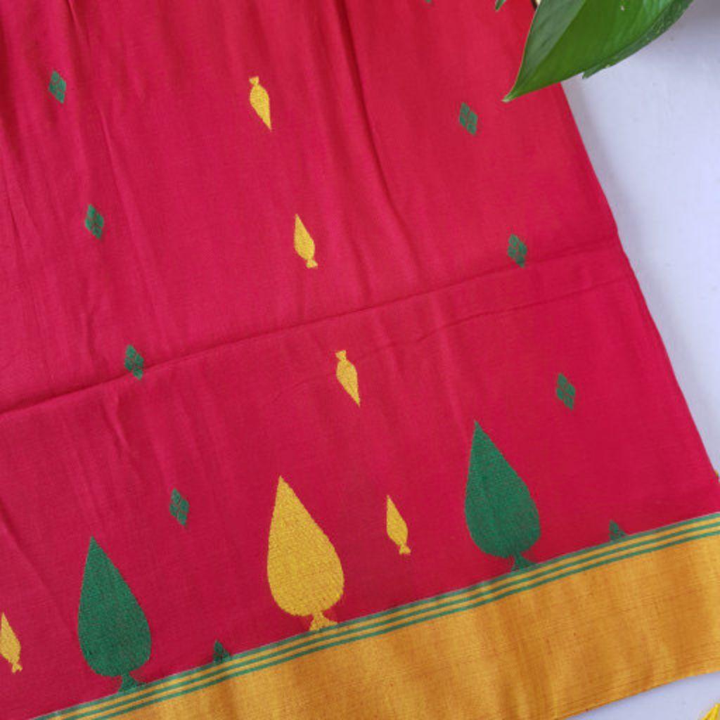 Bengal Handloom Pure Cotton Hand Embroidered Butta Work Saree Red  : Details