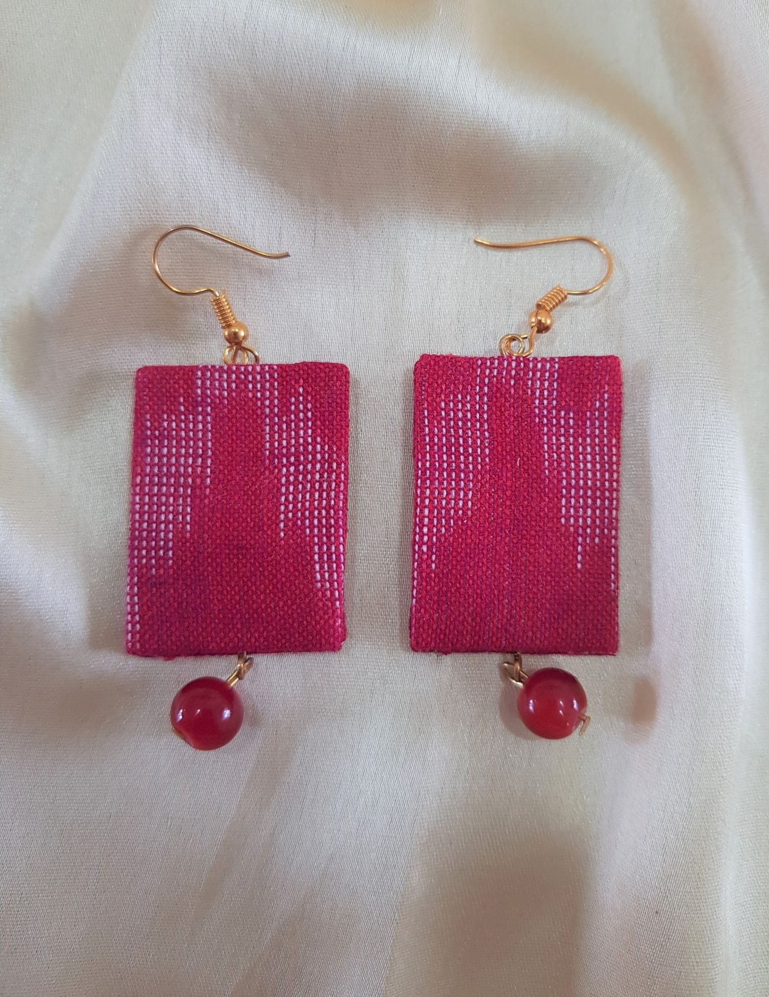 Handcrafted Ikat Fabric Jewellery Set Red : Picture