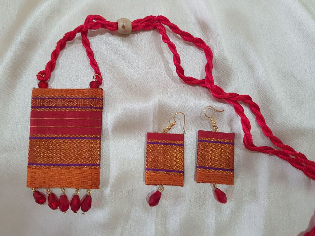 Handcrafted Khun Fabric Jewellery Set Yellow Red : Details
