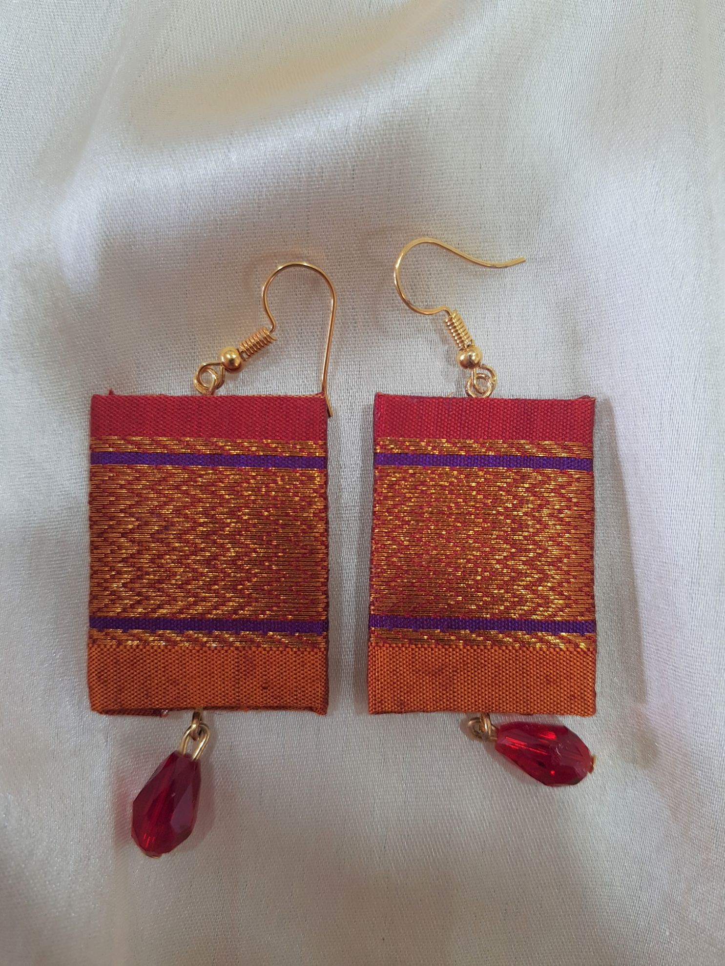 Handcrafted Khun Fabric Jewellery Set Yellow Red : Picture