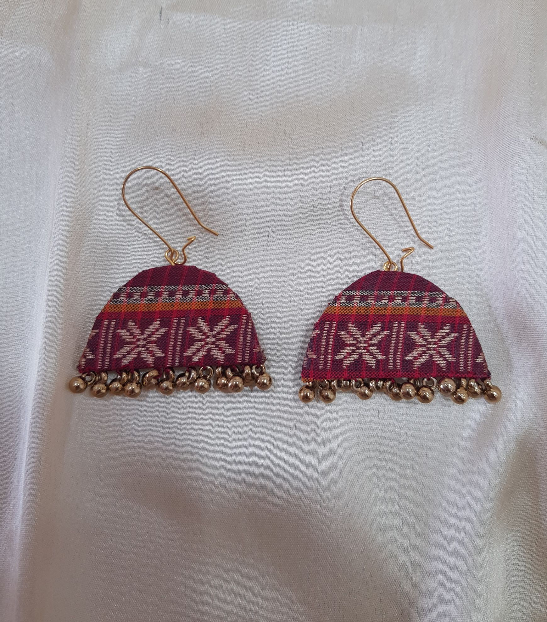 Handcrafted Khun Fabric Jewellery Set Red : Picture